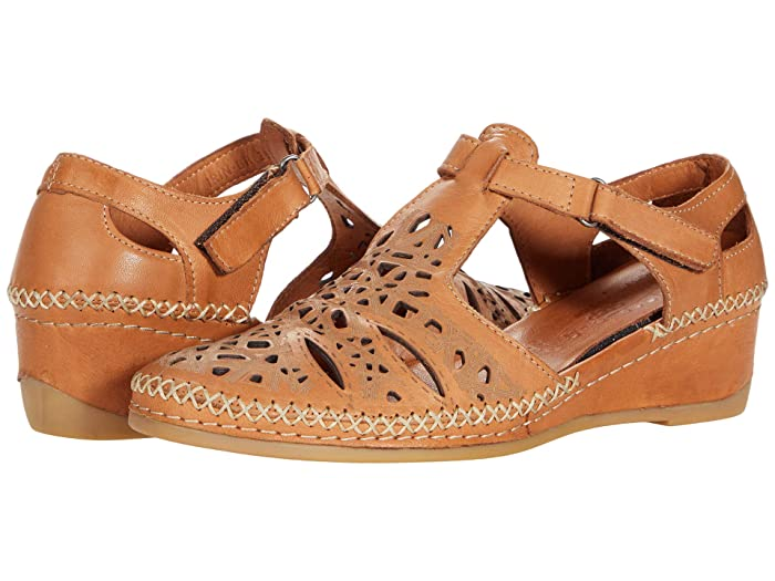 70s Outfits – 70s Style Ideas for Women Spring Step Irin Brown Leather Womens Shoes $99.95 AT vintagedancer.com