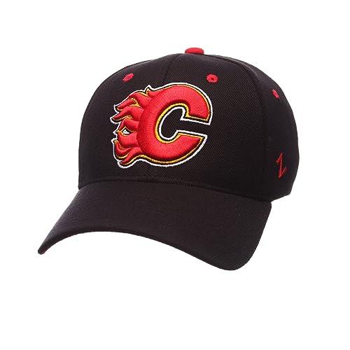 1e03d8fd4e5ad Calgary Flames Hat  Amazon.com