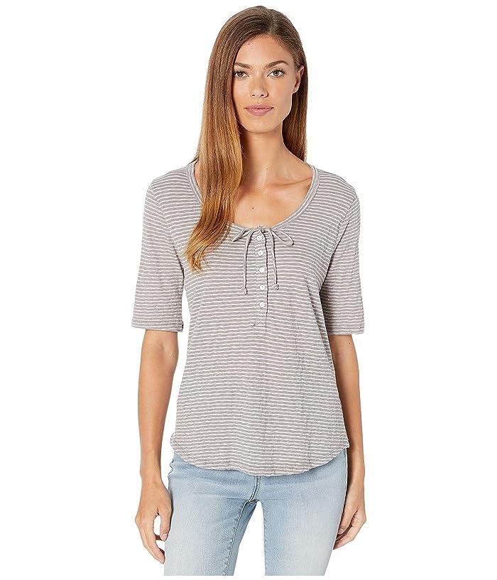 Lucky Brand  1/2 Sleeve Seersucker Top (Grey Stripe) Womens Clothing