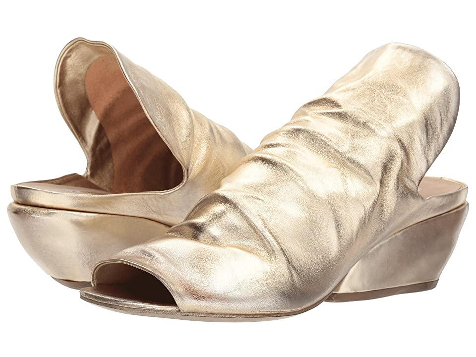 Marsell Metallic Wedge (Platinum) Women