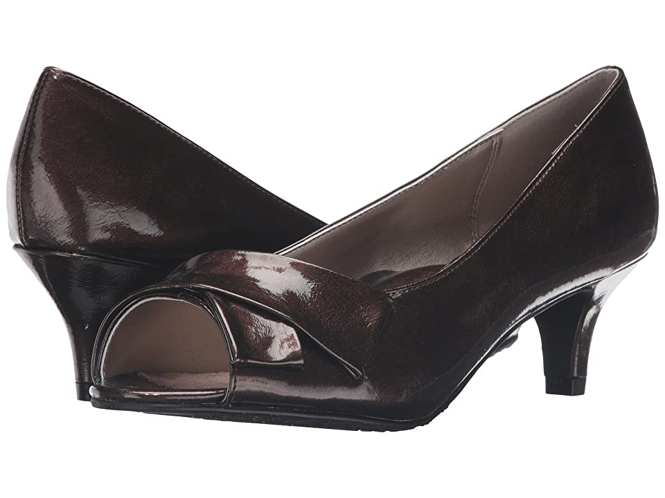 Soft Style Aubrey (Mid Brown Pearlized Patent) Women