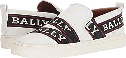 Helia Sneaker