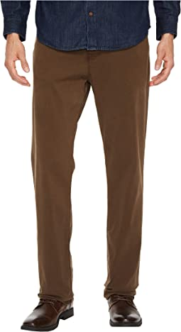 34 Heritage - Charisma Relaxed Fit in Choco Twill