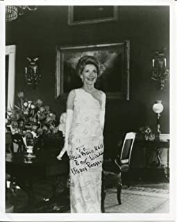 Nancy Reagan US President First 1st Lady Signed Autograph Photo COA UACC RD334