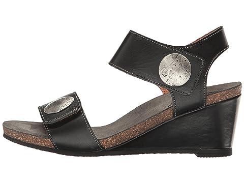 SuedeGraphiteSilverTaupe Footwear Taos 2 Carousel Embossed BlackBlue qXAnTp