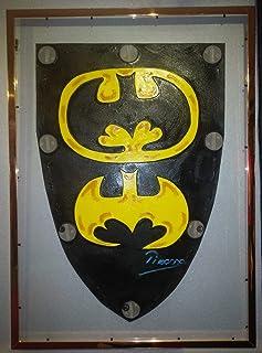 Museo Pikassa Marbella. Scudo di Batman. Simbolo del gioiello