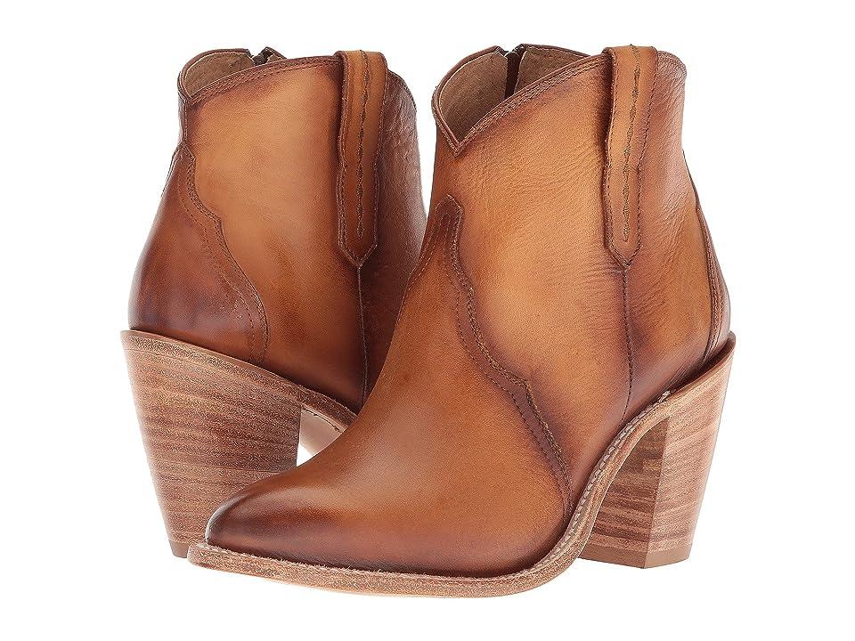Lucchese Gigi (Tan Waxy Calf) Cowboy Boots