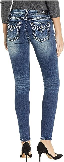 Thick Border Stitch Skinny Jeans in Medium Blue