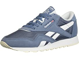 0e1f6890f35 Reebok Lifestyle Classic Leather at Zappos.com