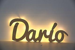 Nombres de madera personalizado con luz.