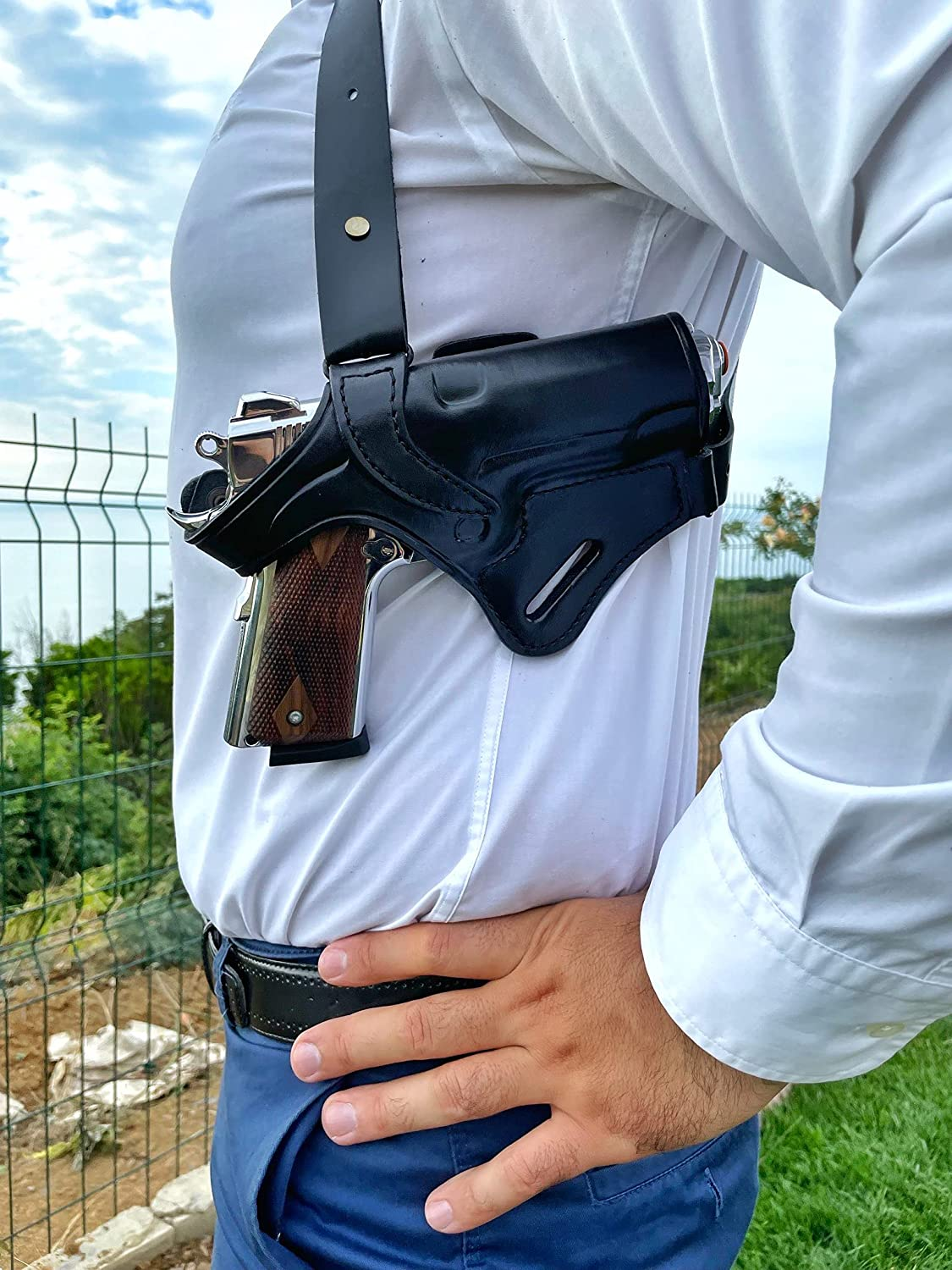 Ottoza Leather Gun Holster 1911 Du Hand Right Shoulder In At the price of surprise stock -