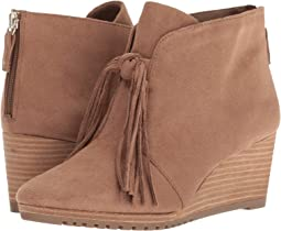 72d31fa56123 Vionic elevated shasta wedge boot