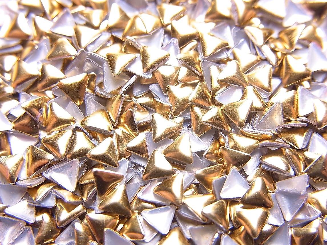 脱走生じる下位メタルスタッズ (ゴールド/シルバー)12種類から選択可能 (トライアングル型(三角形)メタルスタッズ 3mm, ゴールド)