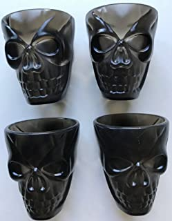 Huge割引!Last Ones 。4のブラックプラスチックスカルショットグラスGreat UniqueハロウィンショットグラスとパーティLast Ones In Stock 。
