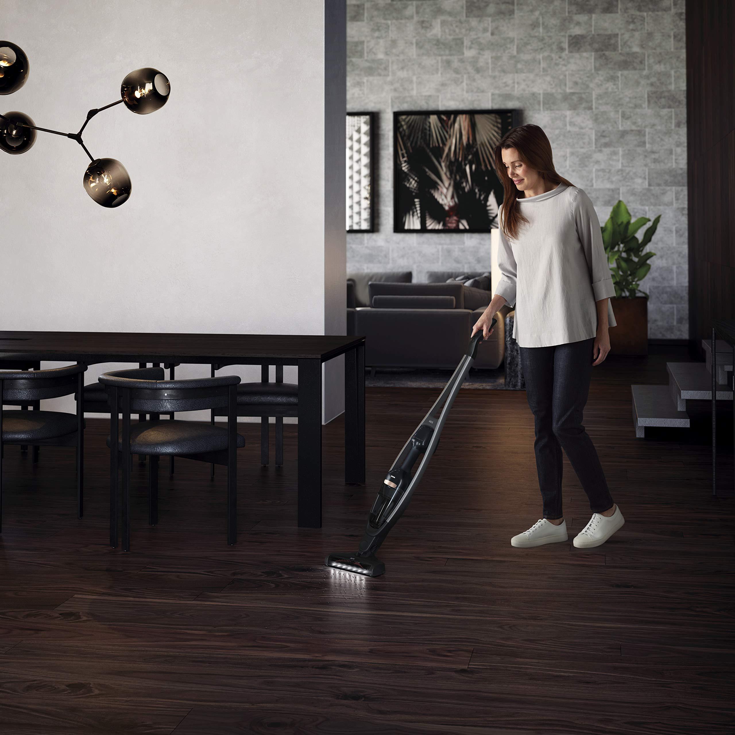 AEG QX9 1 40GG cordless vacuum cleaner