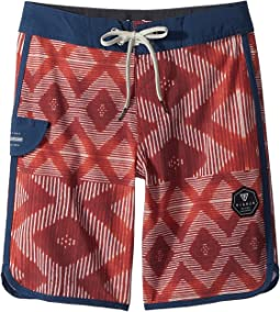 VISSLA Kids - Sumbawa Washed 4-Way Stretch Boardshorts 17