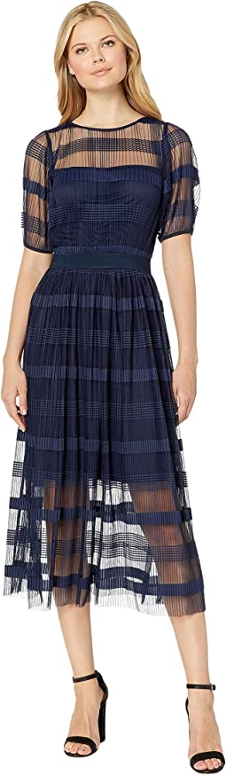 Pleated Maxi Dress w/ Short Sleeve