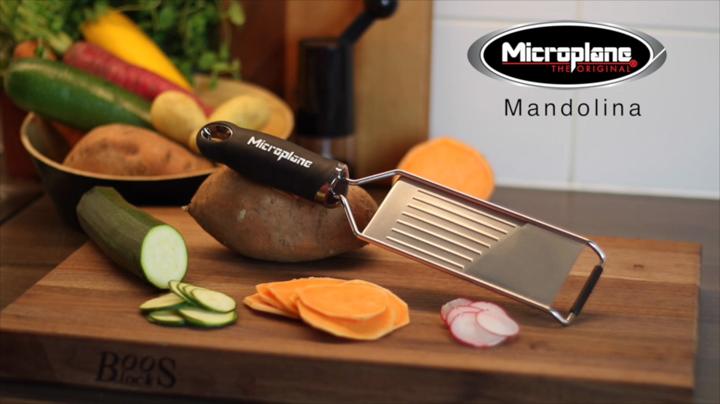 Compra Microplane Mandolina con Protector, Acero Inoxidable, Negro, 31.5x7.5x3 cm en Amazon.es