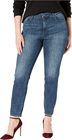 Plus Size Ami Skinny in Lupine