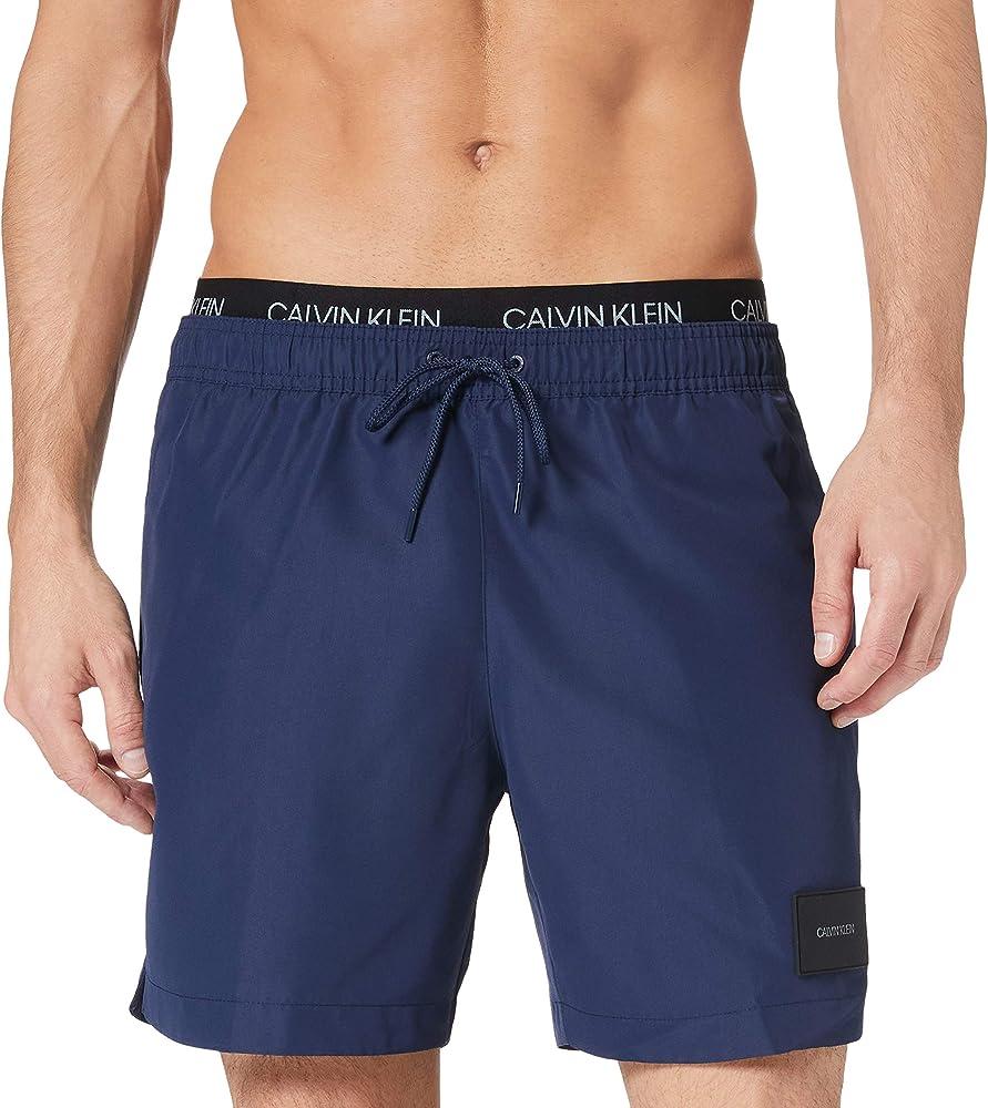 Calvin klein medium double wb, costume a pantaloncin per uomo, in tessuto al 100% eco-sostenibile KM0KM00572