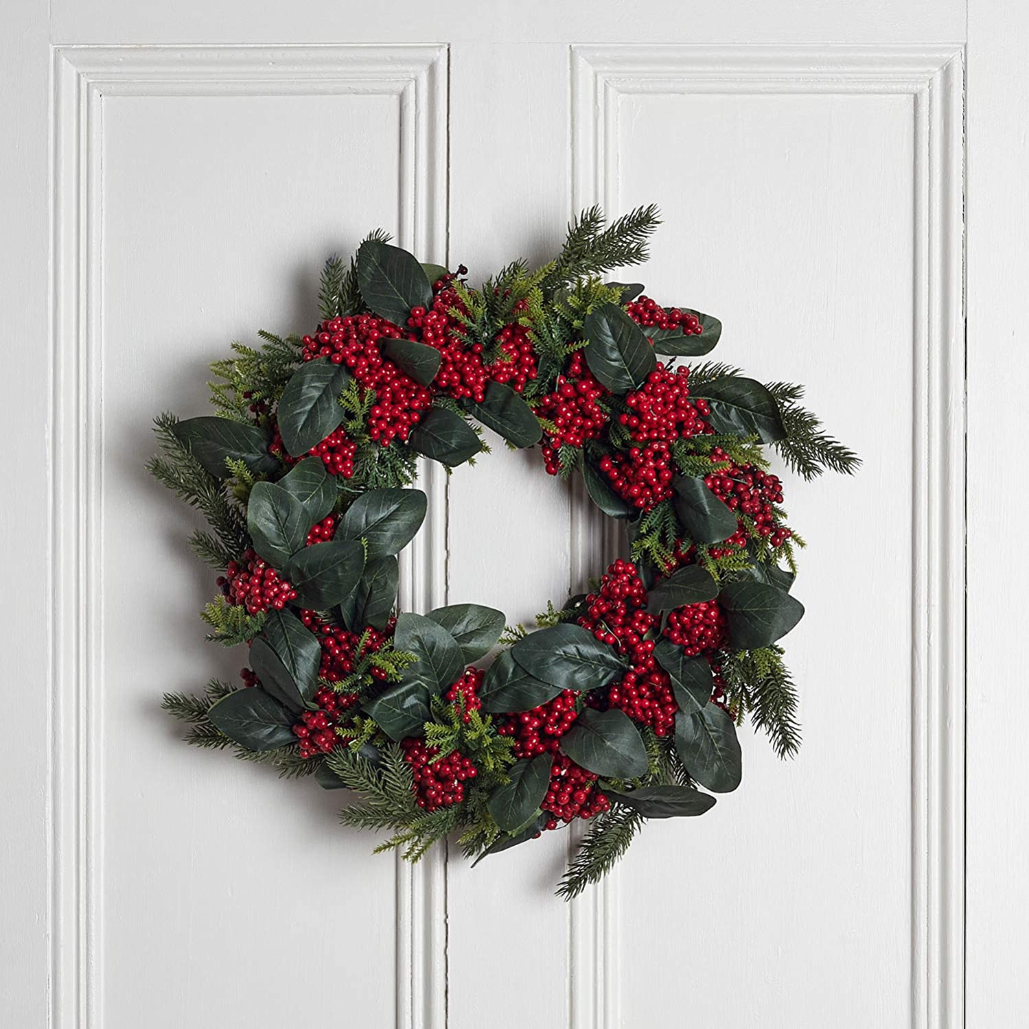 """Lights4fun Inc. 国内送料無料 19.5"""" Artificial 結婚祝い Red Christmas D Wreath Berries"""
