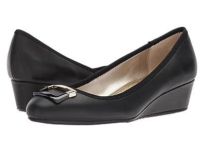Bandolino Tad (Black Super Nappa Leather) Women