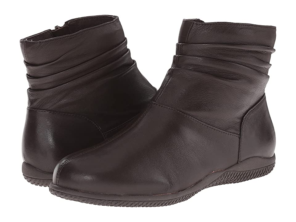 SoftWalk Hanover (Dark Brown Soft Nappa Leather) Women