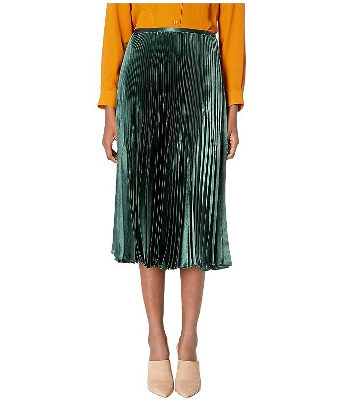 60s Skirts | 70s Hippie Skirts, Jumper Dresses Vince Chevron Pleated Skirt Forest Green Womens Skirt $177.00 AT vintagedancer.com