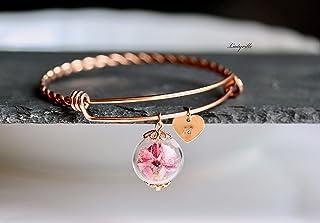 Personalisierter Armreif roségoldfarben mit Blüten in rosapink in einer Glaskugel und Herz mit Buchstaben Gravur/Geschenk ...