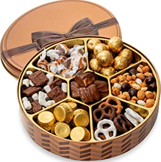 BONNIE AND POP - Thanksgiving Nuts and Chocolate Gift Basket - Holiday Gift Basket - Gourmet Food Gifts Prime – Thanksgiving, Christmas, Holiday Gifts - Corporate, Sympathy, Birthday, Men and Women