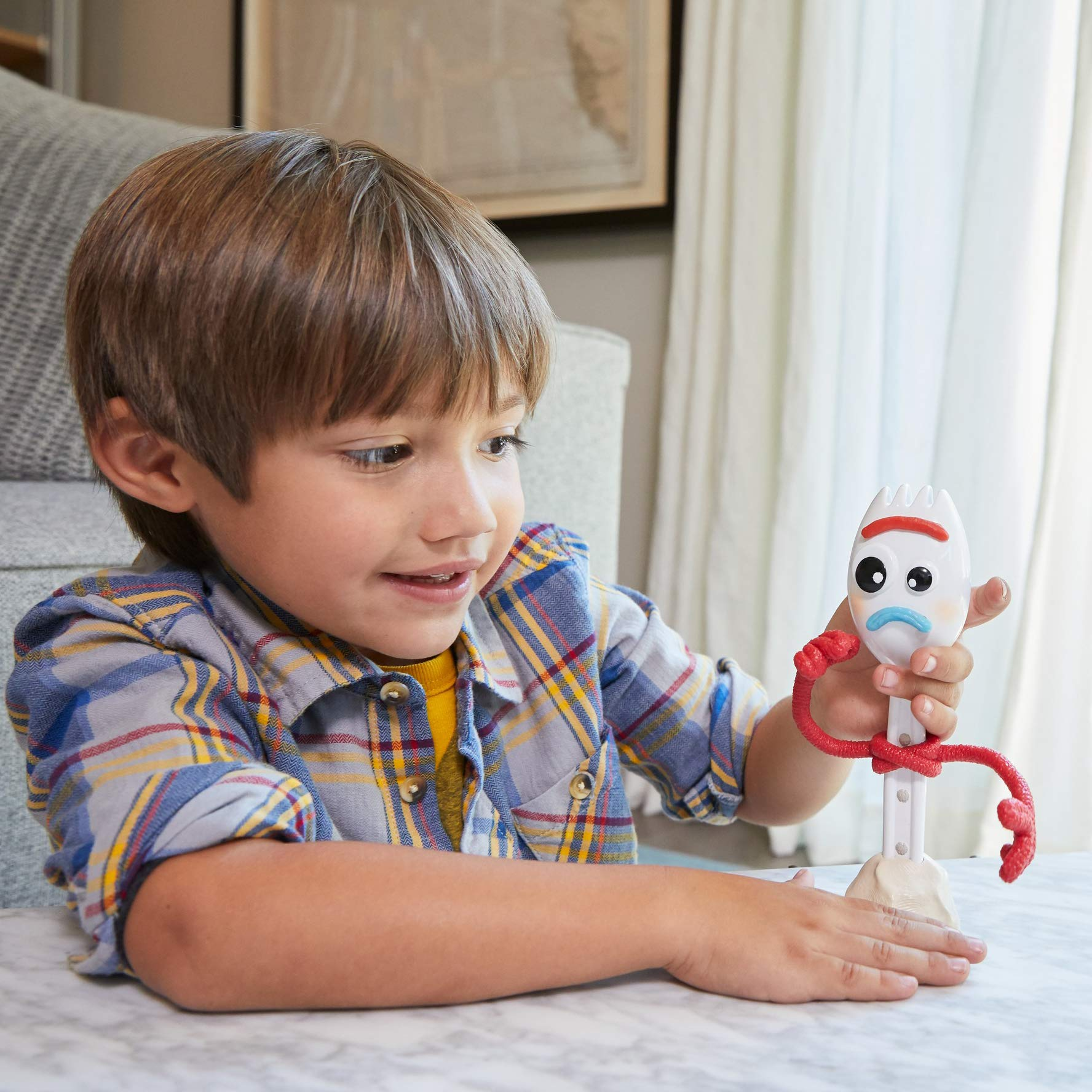 Disney GGB25 Pixar Toy Story 4 Parlant Forky Avec 15 Phrases