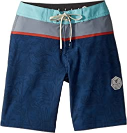 "Congos Four-Way Stretch 17"" Boardshorts (Big Kids)"