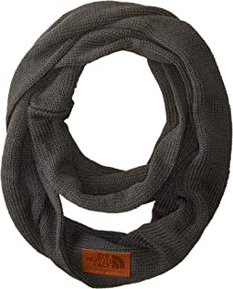 Cali Wool Backyard Scarf