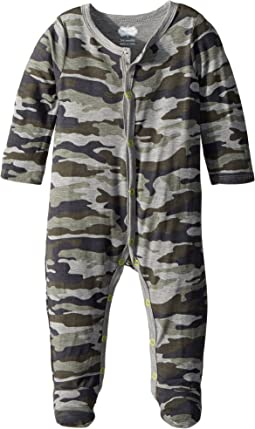 Camo Print Long Sleeve Footed Sleeper (Infant)