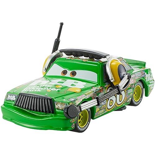 Disney Pixar Cars petite voiture Chick Hicks verte et son casque, jouet pour enfant, DXV48