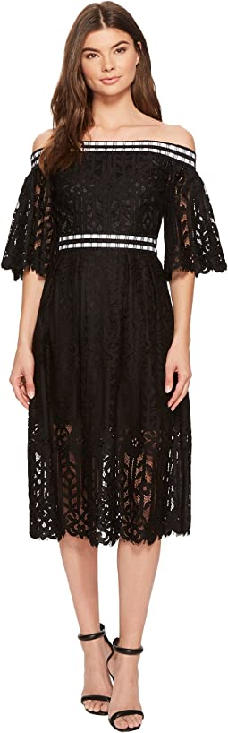 Laundry by Shelli Segal - Off the Shoulder Midi Lace Dress with Scallop Hem