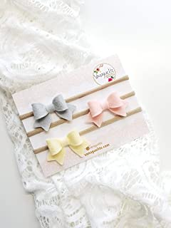 Baby girl bows and headbands MADE IN USA by VANAGUELITE