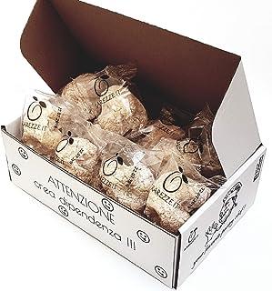 Siciliaanse amandel petit fours in cadeaudoos (400gr). RAREZZE: typisch Siciliaanse producten, cannoli, amandelspijs, cass...