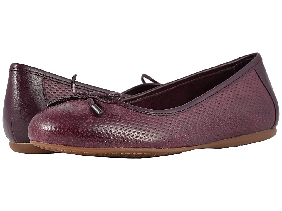 SoftWalk Napa Embossed (Burgundy) Women