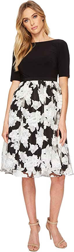 Adrianna Papell - Savannah Crinkled Organza Print Fit and Flare Dress