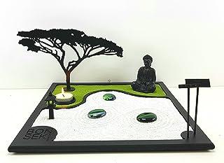 Bonseki® Giardino Zen da tavolo 30 x 30 cm in legno, buddha, la candela proietta l'ombra del bonsai sulla parete. Personal...