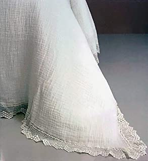 Piu Belle Portugal Solid White Textured Old World Farmhouse Style Matelasse Quilt Coverlet with an Intricate Woven Lace Edge (Queen)