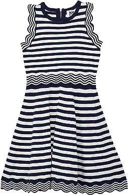 Textured Wave Flare Dress (Big Kids)