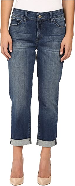 Petite Jessica Relaxed Boyfriend Jeans in Montpellier Wash