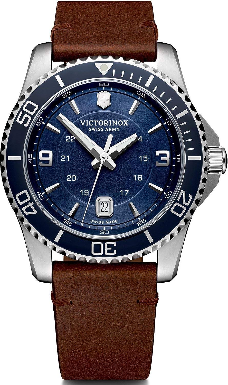 Victorinox Hombre Maverick - Reloj de Acero Inoxidable de Cuarzo analógico de fabricación Suiza 241863