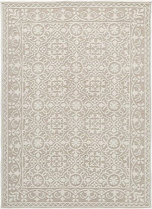 Amazon Com Ashley Furniture Signature Design Beana Medium Rug Ivory Beige Furniture Decor