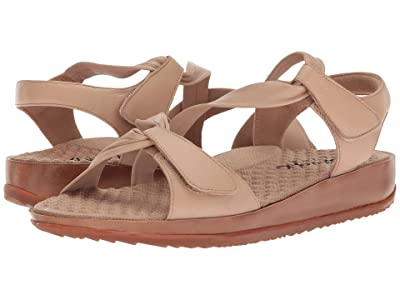 SoftWalk Del Rey (Nude Really Soft Leather) Women