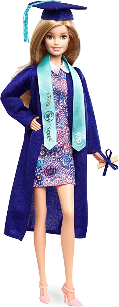 Barbie, cerimonia bambola per celebrare l`importante momento della laurea FJH66