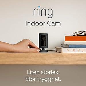 Ring Indoor Cam | Kompakt plug-in HD-säkerhetskamera med tvåvägskommunikation | 30 dagars kostnadsfri provperiod på Ring Protect Plan ingår | Svart