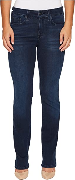 Petite Marilyn Straight Jeans in Smart Embrace Denim in Morgan